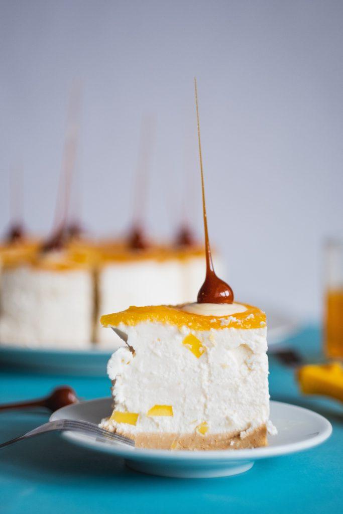 Nepečená kokosovo-pomarančová torta