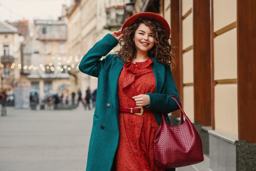 Jesenná Elegancia: Zažiarte vo Vzoroch